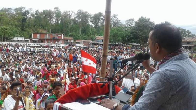 हजारौ जनताको भीडमा गगन थापाले भने, 'काँग्रेसलाई विश्वास गरेर मतदान गर्नुहोस, मत खेर जांदैन'