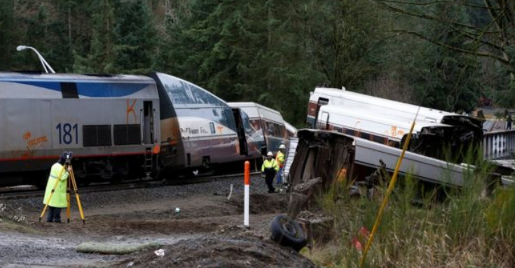 अमेरिकामा भयानक रेल दुर्घटना, ३ जनाको मृत्यु, सयौं घाइते