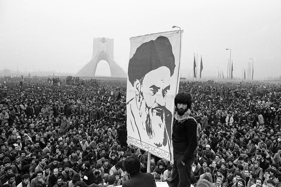 इरानी अनुदारवादी समूहद्वारा आणविक सम्झौता सम्बन्धमा सरकारको कडा आलोचना