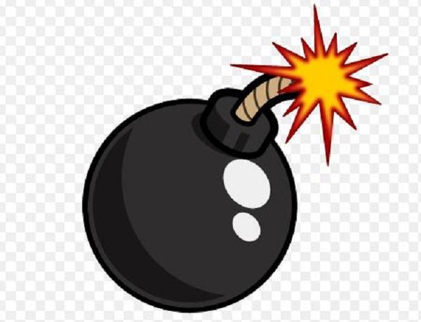 गुडिरहेको बसमा बम प्रहार, १२ जना घाइते