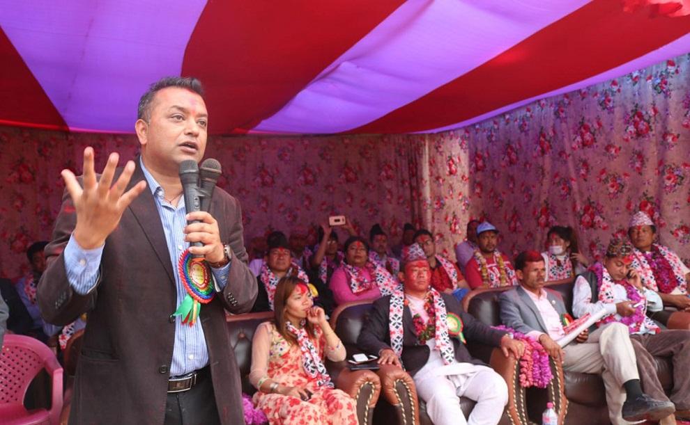 सरकारको गतिविधि हेरेर रचनातमक सहयोग गर्छौँः गगन थापा