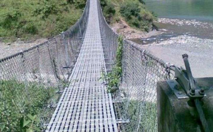 रेखा खोलामा पुल बन्यो