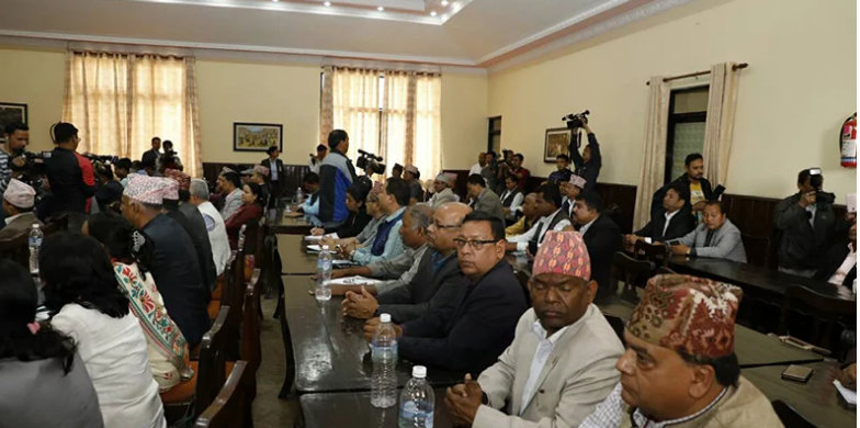 एमाले र माओवादी नाम आजदेखि सकियो, नेपाल कम्युनिष्ट पार्टी दर्ता हुदैँ