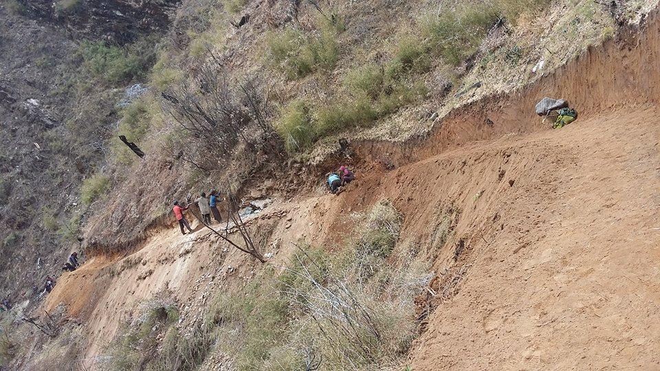 बागलुङको गुर्जा–ढोरपाटन पदमार्ग निर्माण शुरु
