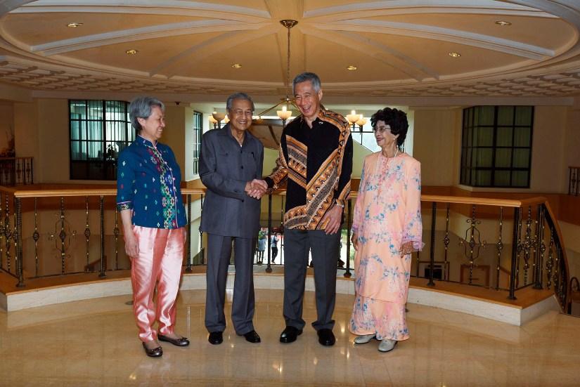 मलेसिया र सिङगापुरका प्रधानमन्त्रीबीच भेटवार्ता