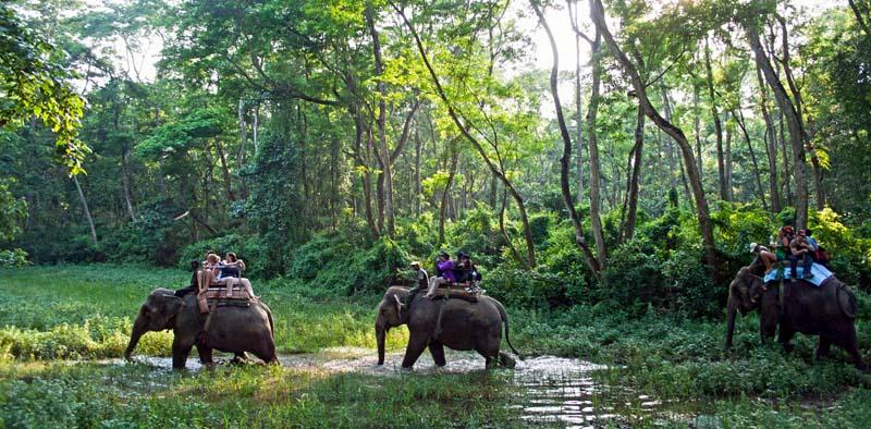 पर्यटकीय क्षेत्र खप्तड राष्ट्रिय निकुञ्जमामा काव्य सम्मेलन