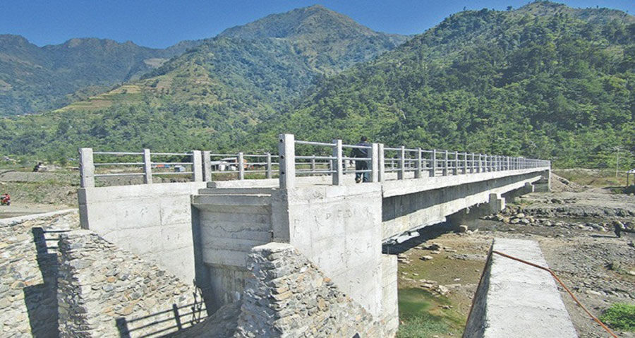 ठेकेदार सम्पर्कविहीन भएपछि पुल निर्माण अलपत्र
