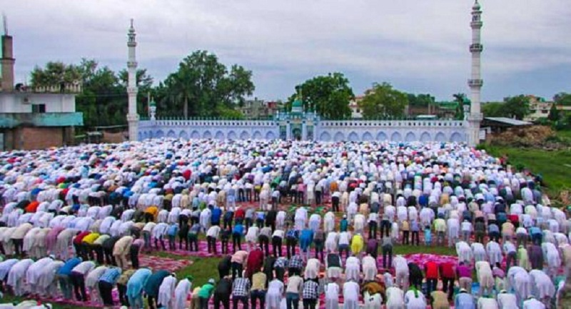 1,200 Muslims setting out for Hajj pilgrimage