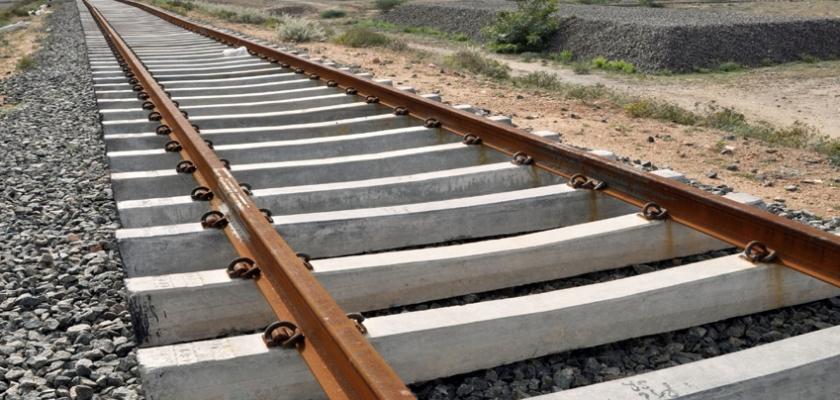 रेलमार्ग निर्माण कार्य तीव्र गतिमा