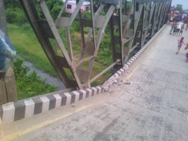 पुल जीर्ण, मर्मतका लागि माग