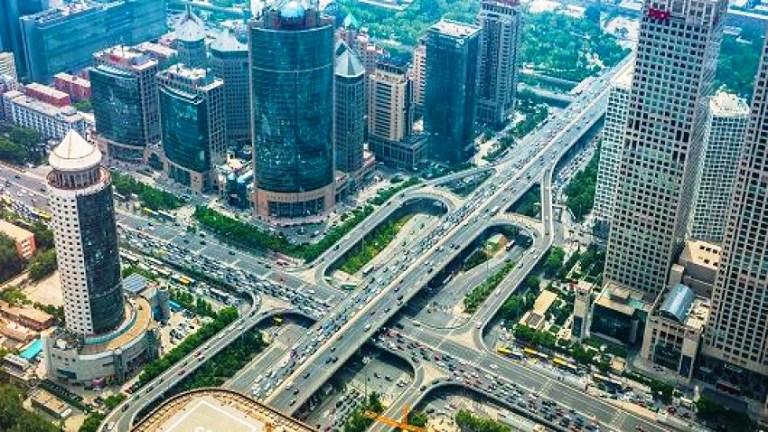 दुई महिनापछि चीनको उहानमा जनजिवन सामान्यतर्फ, बजार पसल खुल्यो