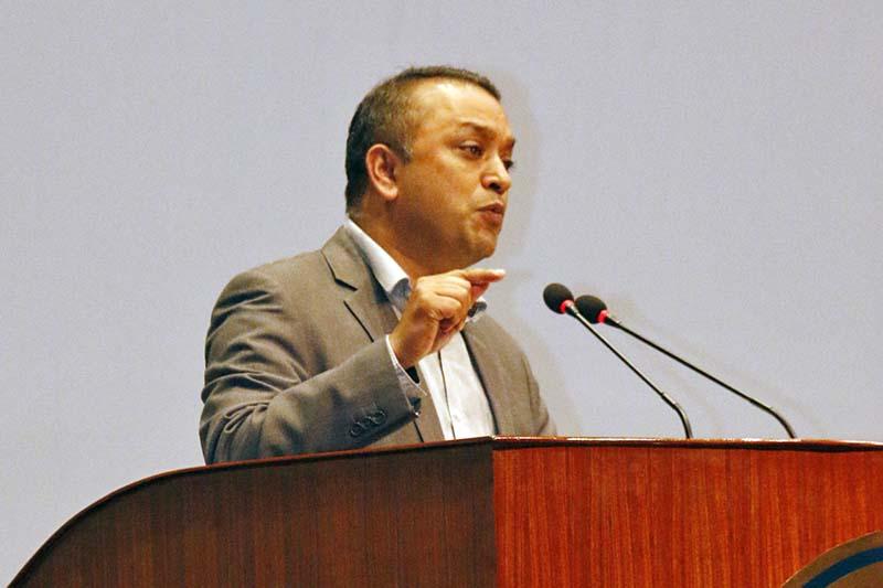 ओली सरकार ईतिहासकै शक्तीशाली भएपनि विकासमा सिन्को भाच्न सकेनः नेता थापा