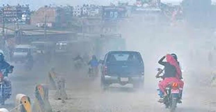 उपत्यकामा गाडीः प्रदूषित धुवाँ फ्याँक्ने आधाभन्दा बढी