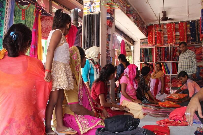 भारतीय बजार धाउँछन् नेपाली उपभोक्ता