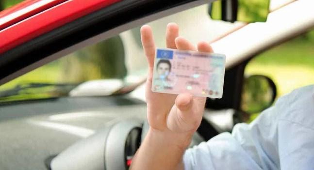 प्रतीक्षामा बसेका सेवाग्राहीले दुई महीनामा स्मार्ट कार्ड पाउने