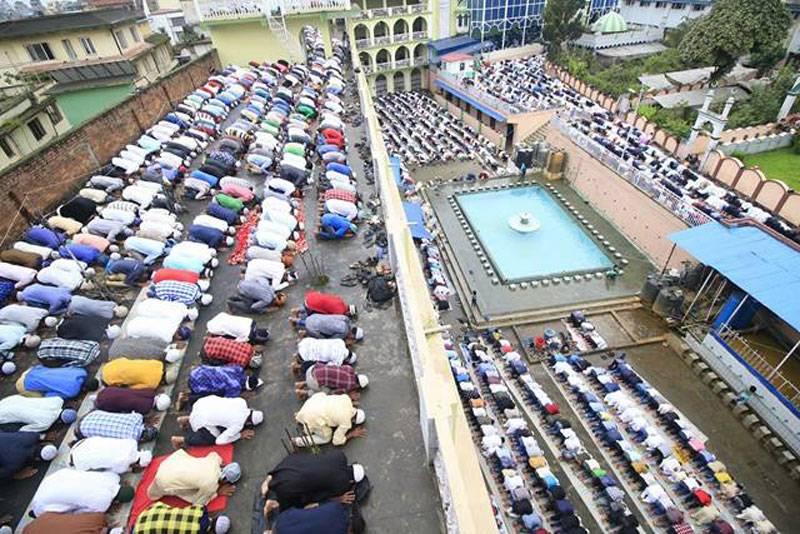 पाकिस्तानी मस्जिदमा आक्रमण, १२ को मृत्यु, दर्जनौ घाइते