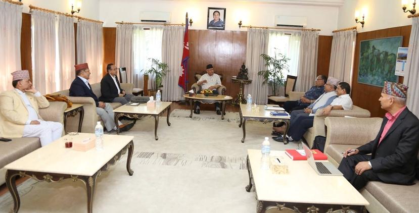 नेकपाका २१ केन्द्रीय सदस्यहरुको मागले बैठकमा प्रवेश पायो, आज पुन: बैठक बस्दै
