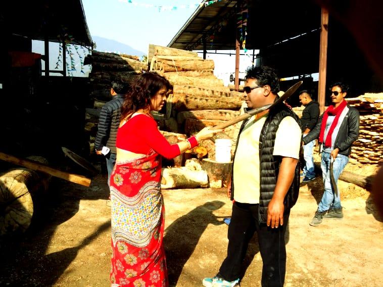 शुष्माको आक्रोसः काठमाण्डौका मेयरको नाम बिद्यासुन्दर काम भने फोहोरको थुप्रोमा निदाउने !