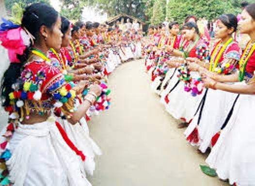 थारू संस्कृति जगेर्ना गर्न खिचरा महोत्सव