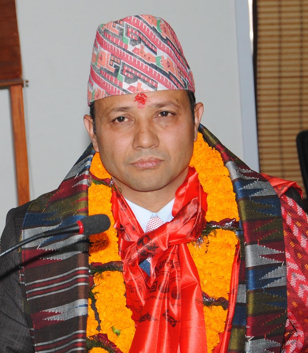 नेपाल टेलिकमको प्रबन्ध निर्देशकमा अधिकारीको पदभार ग्रहण