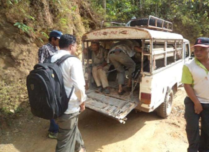 पर्यटकीय क्षेत्र पुग्ने मार्ग जीर्ण