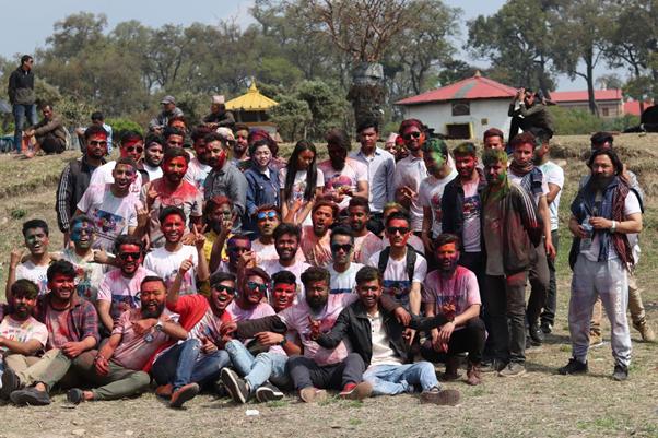 काठमाण्डौमा यसरी रंगिए दाह्रीहरु