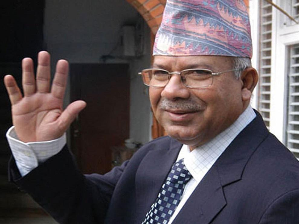 बरिष्ठ नेता नेपाल प्रश्न गर्छन्ः नेकपाले ५५ प्रतिशतमात्र मत पाएको हो, दुईतिहाईको दम्भ किन ?