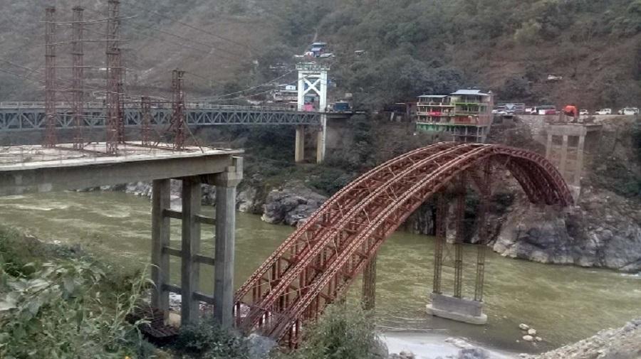 कालीगण्डकीमा पुल निर्माण शुरु