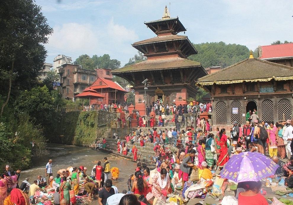 चैत्र नवरात्र शुरुः शक्तिपीठमा भक्तजनको भीड