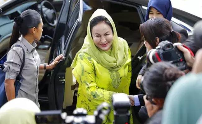 भ्रष्टाचार आरोपमा मलेसियालीका पूर्व प्रधानमन्त्रीकी पत्नी रोसमाह पक्राउ