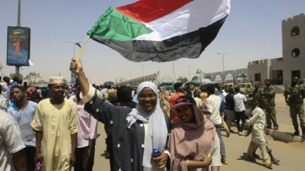 सुडान सङ्कटः तीन सैनिकको राजीनामा, व्यापक प्रदर्शनको तयारी