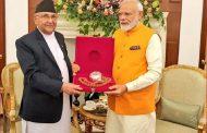 प्रधानमन्त्री ओली र भारतीय प्रधानमन्त्री मोदीबीच भेटवार्ता