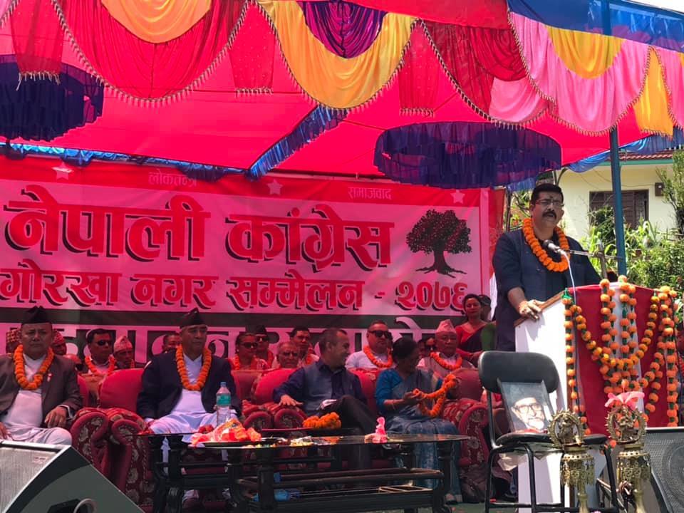 नेपालीसँग प्रशस्त पैसा छ, नेपालीलाई नै लगानीको अवसर दिनुपर्छः सभापति देउवा