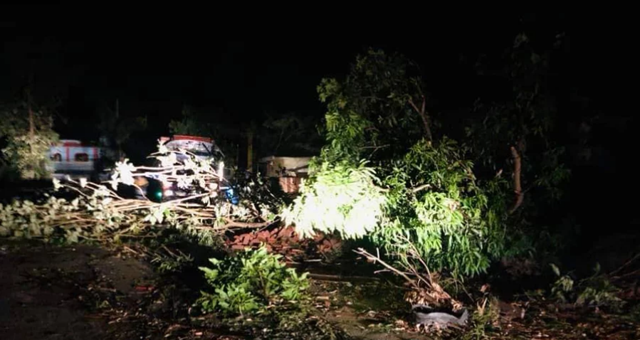 2 dead, over 100 people injured due to storm in Kailali and Kanchanpur