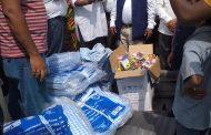 जलमग्न बिराटनगरमा मन्त्री पण्डितबाट बाढीपीडितलाई राहत वितरण
