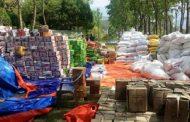 बन्दाबन्दीबाट प्रभावित घरपरिवारलाई देवघाट गाउँपालिकाद्वारा राहत वितरण