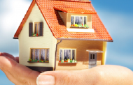 सदस्य भट्टराईद्वारा दलित समुदायलाई घर हस्तान्तरण