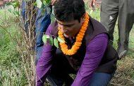 पर्यावरणीय संरक्षणको उद्देश्यले वनमन्त्रीद्वारा पशुपति क्षेत्रमा वृक्षरोपण