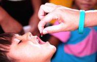 आज र भोली राष्ट्रिय भिटामिन ए कार्यक्रम, बालबालिकालाई भिटामिन ए र जुकाको औषधि खुवाइँदै
