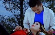 चलचित्र मखमली मखमलीको फुल भैं फुलेको मेरो जिन्दगी गित सार्बजनिक