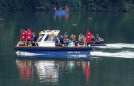 बङ्गलादेशका राष्ट्रपति हमिद पोखरामा जलविहार गर्दै....(फोटो फिचर)
