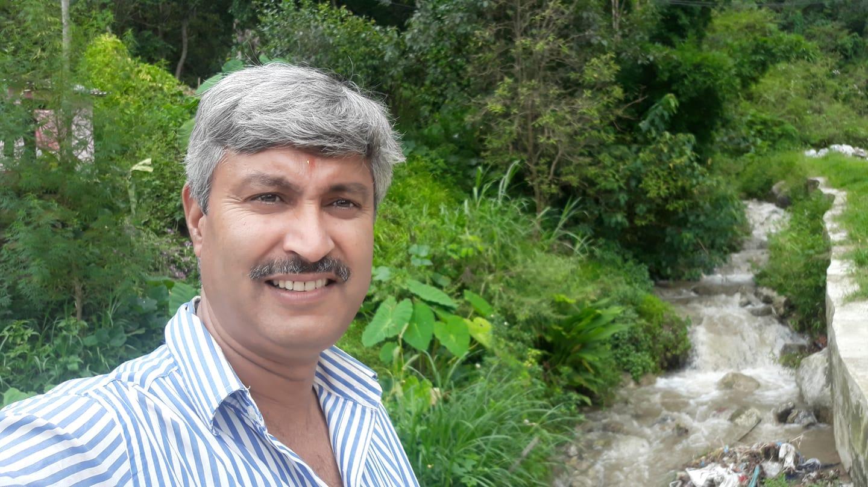 घिमिरेको 'कविताको कथा' लोकार्पित