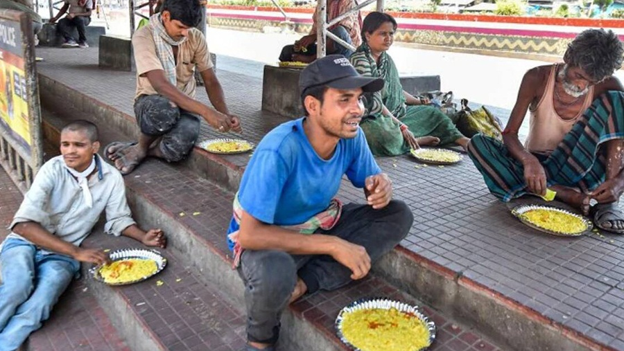 भारतको रेल सेवाद्वारा दैनिक दुई लाख ६० हजारलाई भोजन