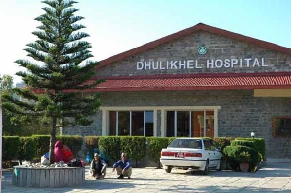 कोरोना संक्रमित सिन्धुपाल्चोकका पुरुषको धुलिखेल अस्पतालमा मृत्यु