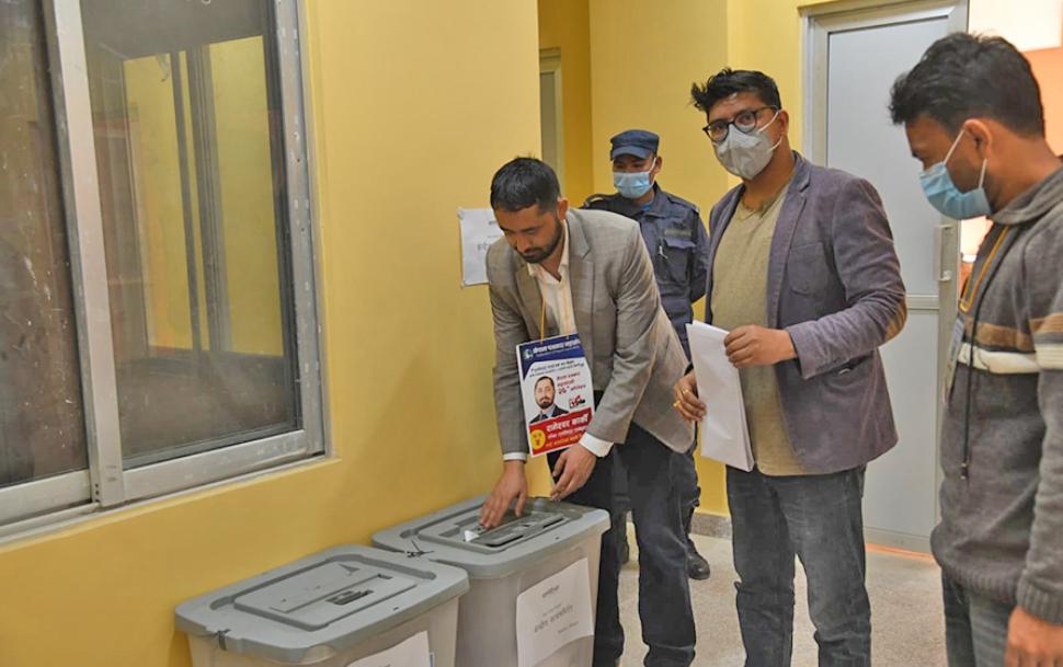 पत्रकार महासंघमा नयाँ नेतृत्व चयनका लागि देशैभरी मतदान जारी