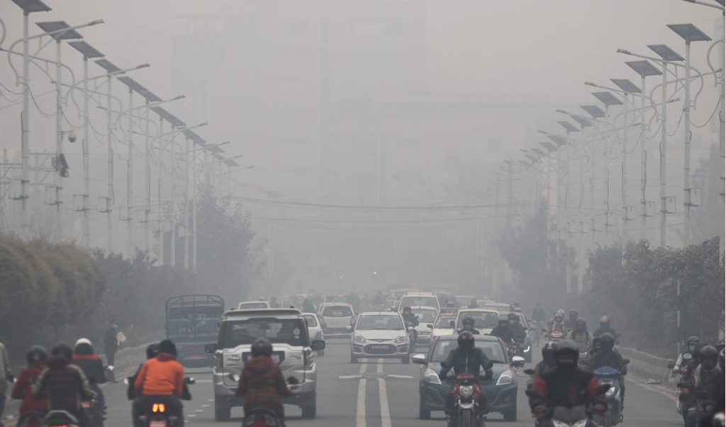 वायु प्रदुषण हावा-हुरी र पानी नपरेसम्म नहट्ने विज्ञको दावी